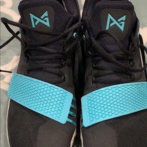Paul George Nike shoes